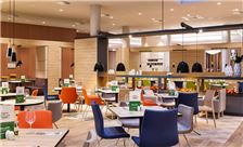 Holiday Inn Frankfurt Airport - Open Lobby Dining Area