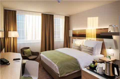 Standard Queen Bed at Frankfurt Airport Hotel, Germany