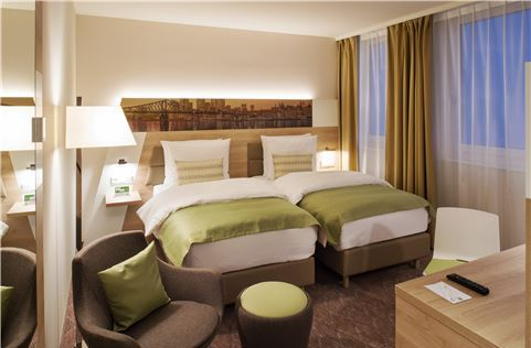Standard Twin Bed at Frankfurt Airport Hotel, Germany