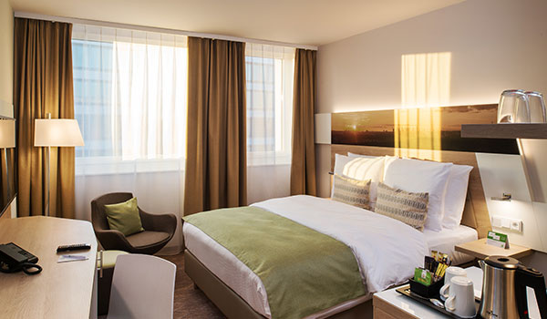 Standard Queen Bed at Holiday Inn Frankfurt Airport, Germany